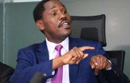 وزير الزراعة يتهم نائب الرئيس بإطلاق مشاريع غير مخطط لها.