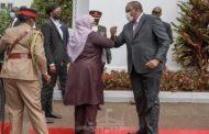 كينيا وتنزانيا تتفقان على إزالة الحواجز التجارية بينهما بعد محادثات الرئيس أوهورو ورئيسة تنزانيا, سامية حسن