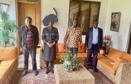 رايلا أودينغا يلتقي بالسيناتور, جيمس اورينغو, ومحافظ مقاطعة كاكاميغا,أبورنيا, وسط خلافات حادّة داخل الحزب بشأن مشروع قانون بي بي آي