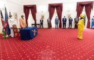 الرئيس أوهورو يتسلم أوراق الاعتماد من مبعوثين جدد